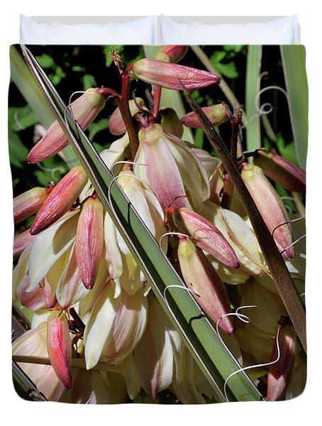 Yucca Bloom I Duvet Cover