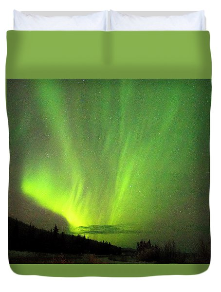 Duvet Cover featuring the photograph Yukon Northern Lights 1 by Phyllis Spoor