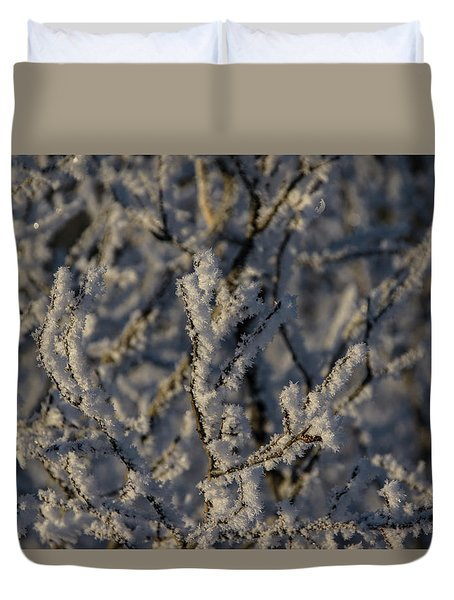 Duvet Cover featuring the photograph Yukon Snow Scene 3 by Phyllis Spoor