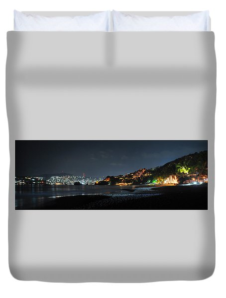 Zihuatanejo, Mexico Duvet Cover by Jim Walls PhotoArtist