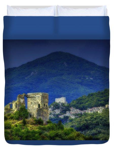 Duvet Cover featuring the photograph Zuccarello E Castelvecchio Di Rocca Barbena by Enrico Pelos