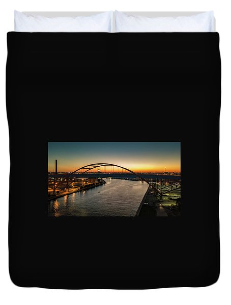 Duvet Cover featuring the photograph Hoan Bridge At Dusk by Randy Scherkenbach