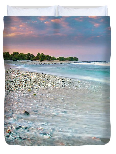 O'oma Beach Sunrise Duvet Cover