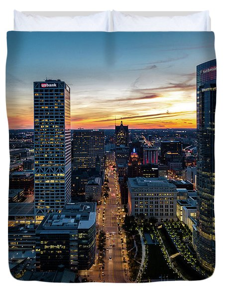 Duvet Cover featuring the photograph Wisconsin Avenue by Randy Scherkenbach