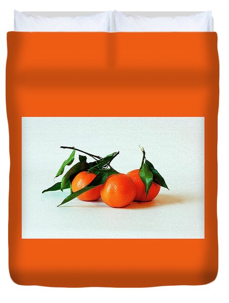 11--01-13 Studio. 3 Clementines Duvet Cover