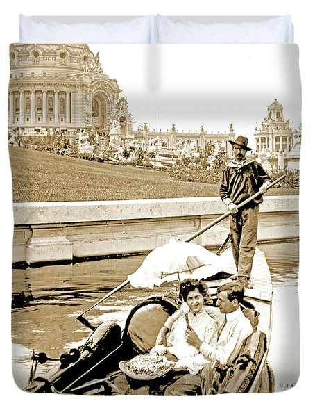 1904 Worlds Fair, Sighteeing Boat, Oarsman And Couple Duvet Cover