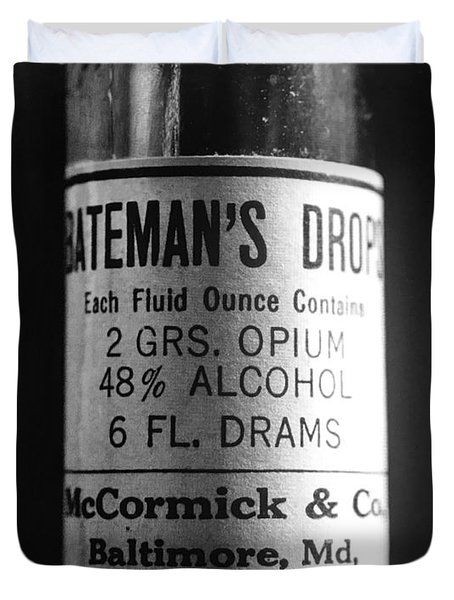 Antique Mccormick And Co Baltimore Md Bateman's Drops Opium Bottle Label - Black And White Duvet Cover