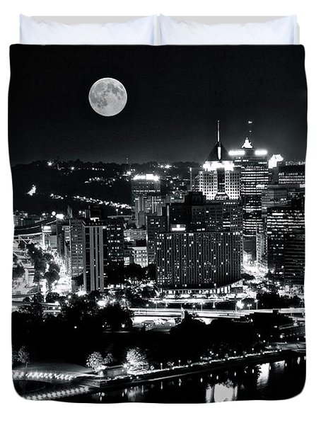 A View Of Pittsburgh Pa From Above Duvet Cover