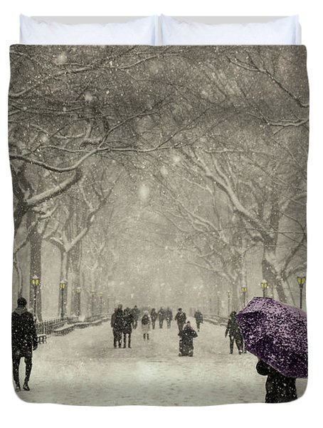 A Walk In The Snow In The Park New York Duvet Cover