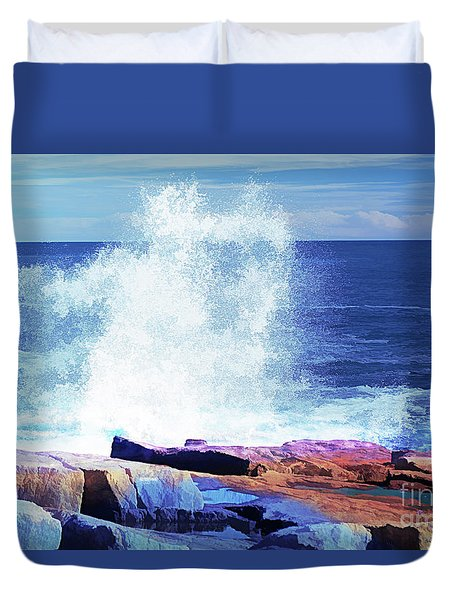 Crashing Waves At Schoodic Point Abstract Duvet Cover