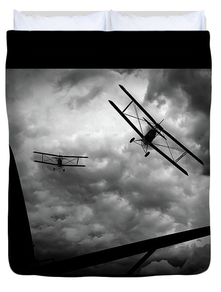 Air Pursuit Duvet Cover