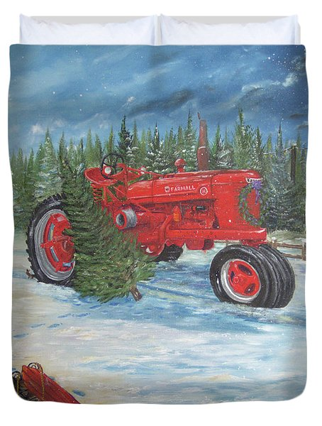 Antique Tractor At The Christmas Tree Farm Duvet Cover