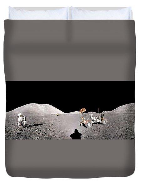 Apollo 17 Taurus-littrow Valley The Moon Duvet Cover