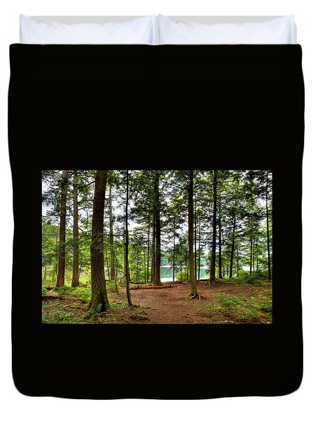 Duvet Cover featuring the photograph Approaching Sis Lake by David Patterson