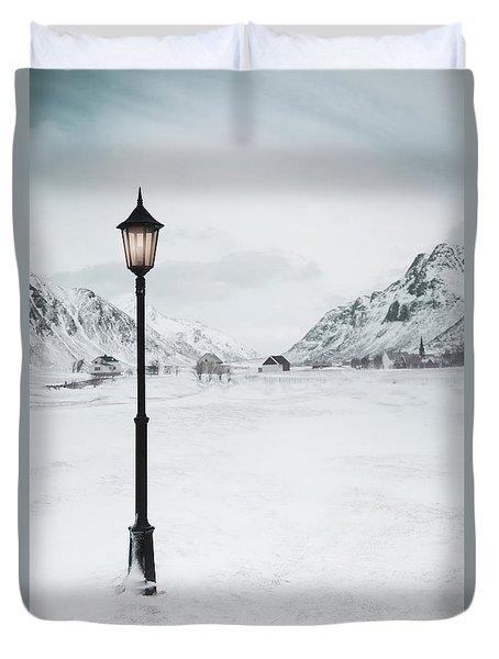 Arctic Echoes Duvet Cover