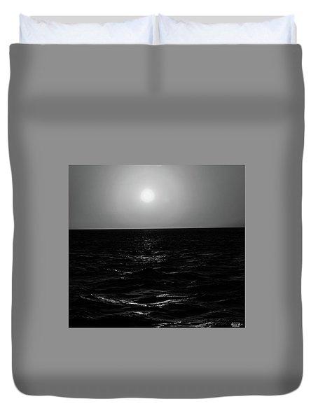 Aruba Sunset In Black And White Duvet Cover