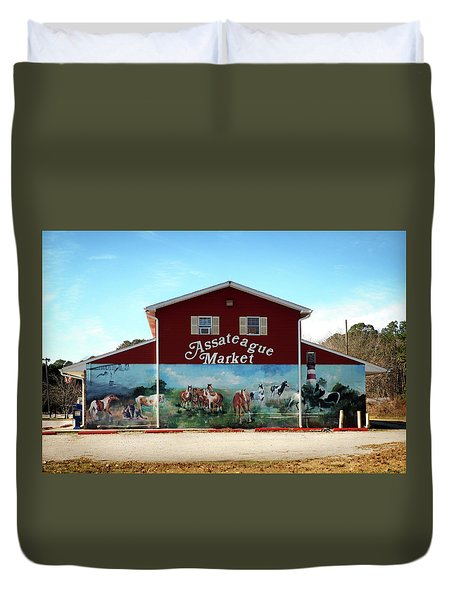 Duvet Cover featuring the photograph Assateague Market by Bill Swartwout Fine Art Photography