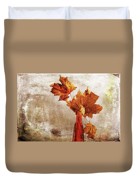 Duvet Cover featuring the photograph Atumn In A Vase by Randi Grace Nilsberg