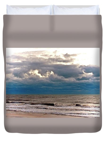 Duvet Cover featuring the photograph Autumn Air by Don Moore