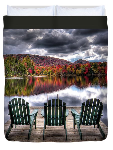 Duvet Cover featuring the photograph Autumn At The Lake by David Patterson