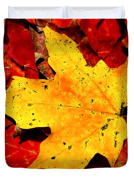 Autumn Beige Yellow Leaf On Red Leaves Duvet Cover