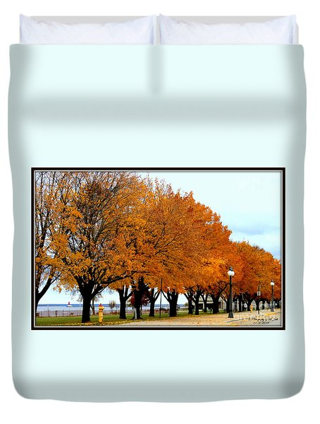 Autumn Leaves In Menominee Michigan Duvet Cover