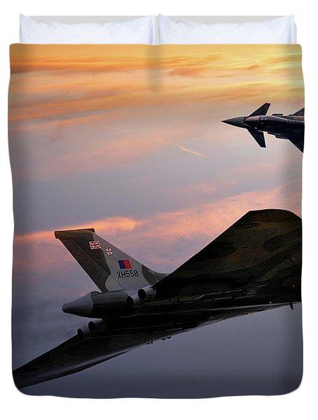Avro Vulcan Xh558 And Eurofighter Typhoon Gina. Duvet Cover