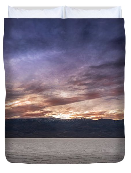 Badwater Basin Salt Flats Death Valley California Duvet Cover