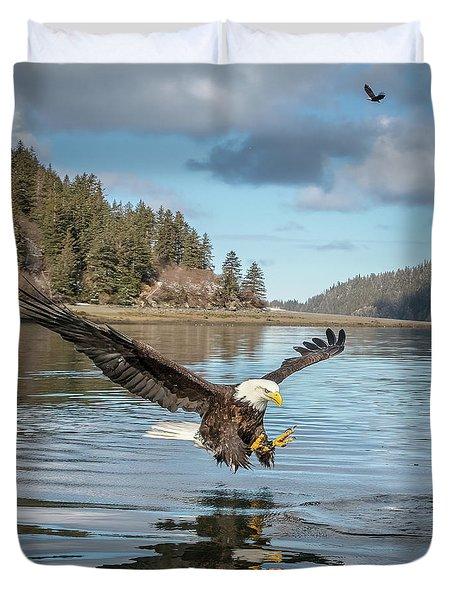 Bald Eagle Fishing In Sadie Cove Duvet Cover