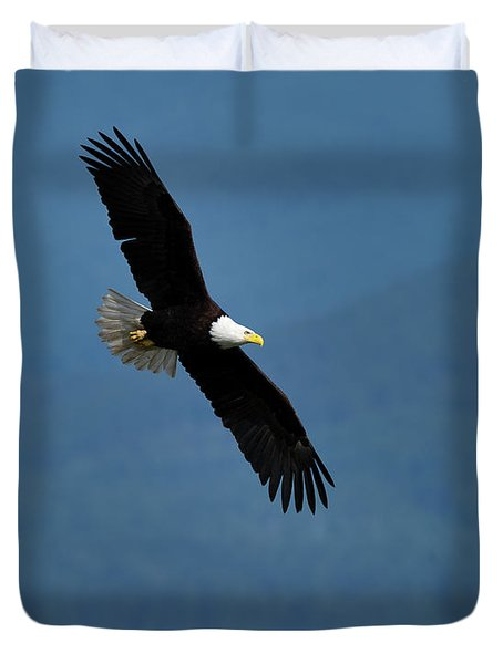 Bald Eagle Takes A Slow Turn Over Hood Canal Duvet Cover