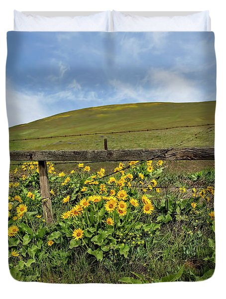 Balsamroot And Fence Line Duvet Cover