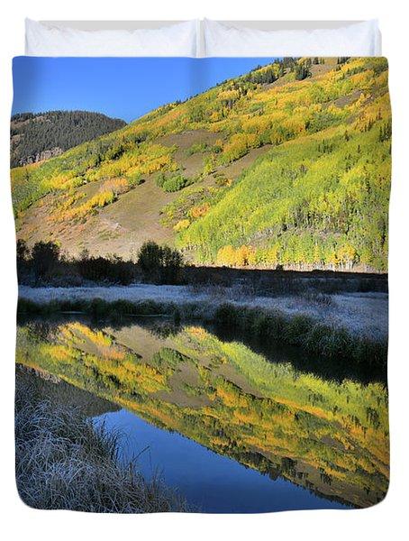Beautiful Mirror Image On Crystal Lake Duvet Cover
