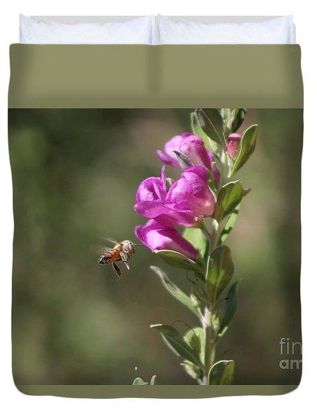 Bee Flying Towards Ultra Violet Texas Ranger Flower Duvet Cover