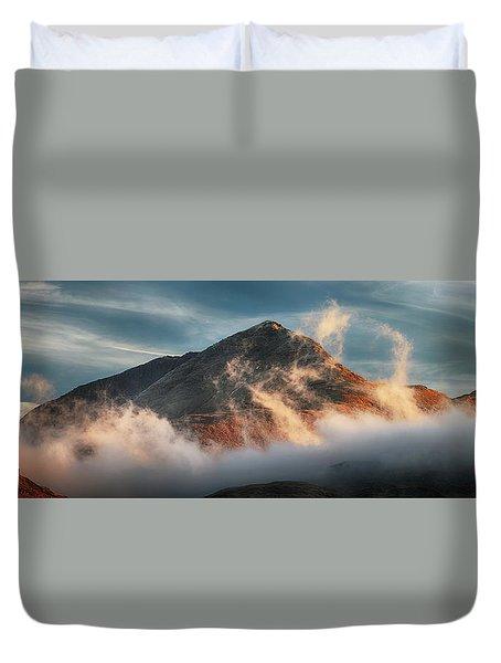 Duvet Cover featuring the photograph Ben Lomond Misty Sunset by Grant Glendinning