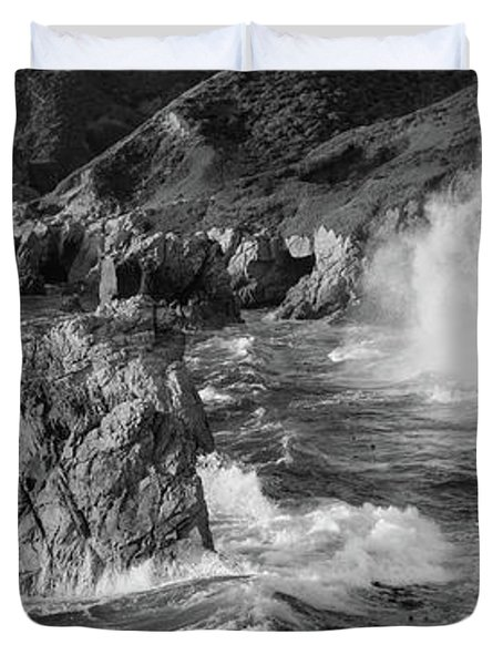 Big Sur Panorama B W Duvet Cover