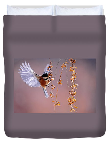 Duvet Cover featuring the photograph Bird Eating On The Fly by Top Wallpapers
