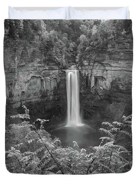 Duvet Cover featuring the photograph Black And White Taughannock Falls by Dan Sproul