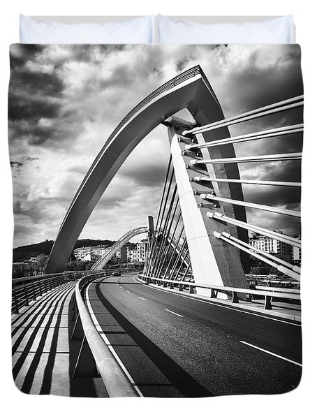 Black And White Version Of The Millennium Bridge Duvet Cover