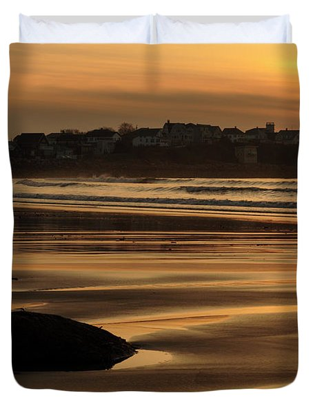 Duvet Cover featuring the photograph Boars Head Sunrise - Hampton Beach, New Hampshire by Erin Paul Donovan