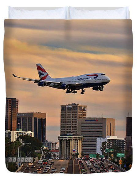 Boeing 747 Landing In San Diego Duvet Cover