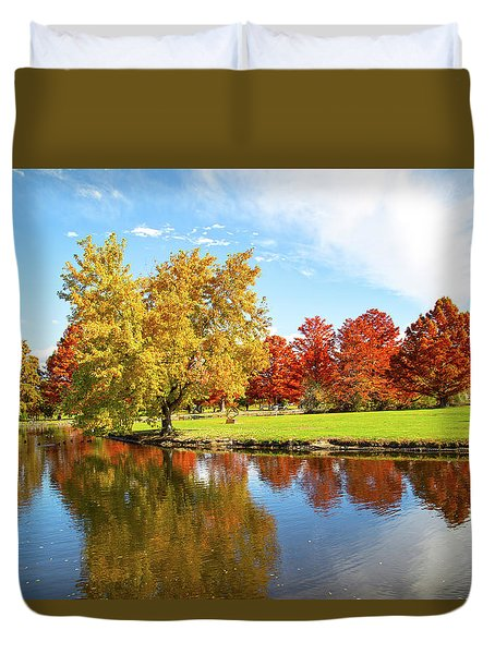 Duvet Cover featuring the photograph Boise Fall Foliage by Dart and Suze Humeston