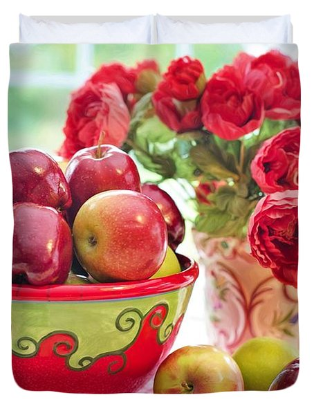 Bowl Of Red Apples Duvet Cover