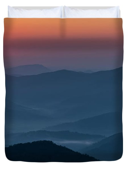 Duvet Cover featuring the photograph Brasstop Bald Sunrise Panorama by Andy Crawford