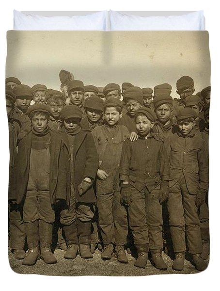 Breaker Boys Ca 1911, By Lewis Hines - 10 Duvet Cover