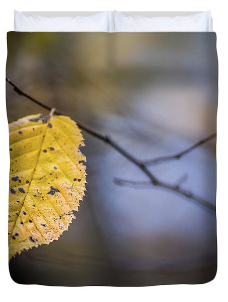 Bright Fall Leaf 1 Duvet Cover