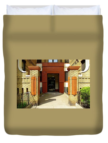 Building Entrance In Brooklyn, New York Duvet Cover