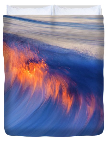 Burning Wave Duvet Cover