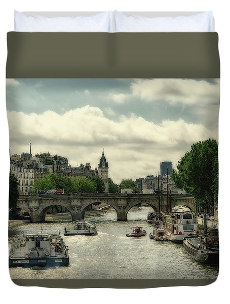 Busy Morning On The Seine Duvet Cover