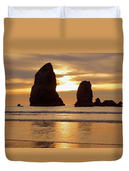 Cannon Beach November Sunset Duvet Cover