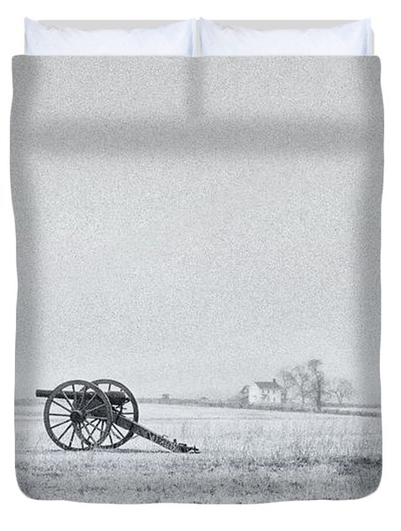 Cannon Out In The Field Duvet Cover